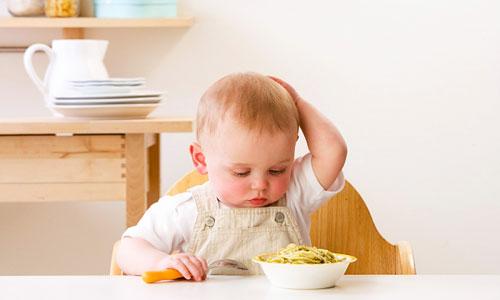 Trẻ biếng ăn sinh lý ở giai đoạn nào